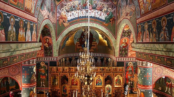 Creştin-ortodocşii sărbătoresc, astăzi, un mare sfânt. Mulţi români îi poartă numele