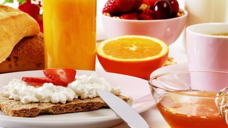 Ce trebuie să mănânci la micul dejun dacă vrei să slăbești