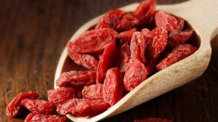 Cum se consumă corect fructele goji