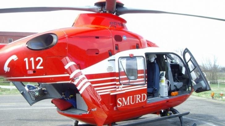 Bebeluș de șase ani opărit cu suc de roşii, în județul Maramureș! Copilul a fost transferat cu un elicopter SMURD la București