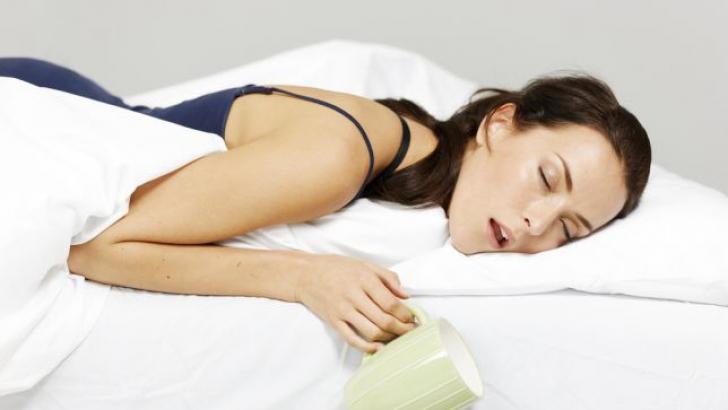 Nu poţi să dormi? 3 sfaturi simple să adormi buştean