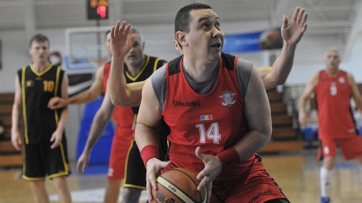 Victor Ponta îşi donează majorarea de salariu. Unde se vor duce banii / Foto: AGERPRES