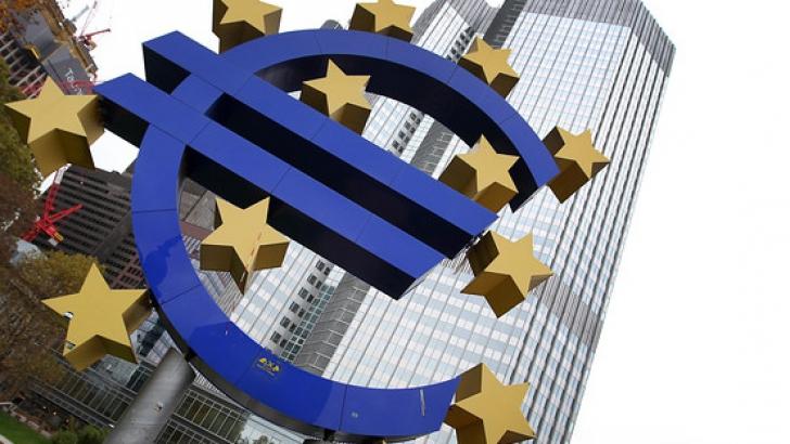 Presa internațională: Zona euro are necazuri, dar Romania tot vrea sa adere