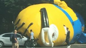 Incident inedit: Un Minion uriaş a blocat traficul în Dublin