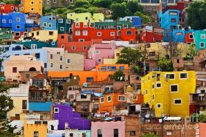 Orașul colorat în întregime