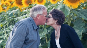Soţia lui a murit de cancer. Ce a făcut bărbatul după pierderea fiinţei iubite, e impresionant