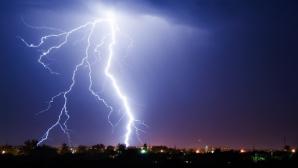 Anunţ de ultimă oră de la meteo. Furtuni şi grindină! Se întâmplă acum