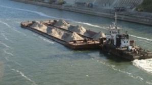 <p>O navă bulgărească a eşuat pe Dunăre, între Călăraşi şi Brăila</p>