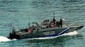 Scene de coşmar în Grecia. Paza de Coastă a încercat să scufunde o barcă plină cu imigranţi