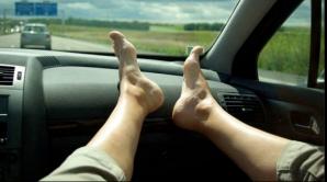 Statul în picioare are efecte negative nebănuite. Iată ce riscuri aduce