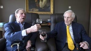 Povestea impresionantă a celor mai bătrâni frați gemeni din lume