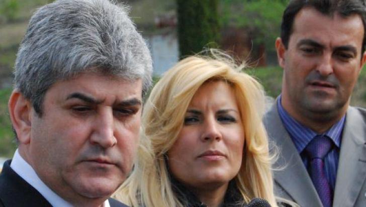 Elena Udrea spune că Gabriel Oprea ar avea dosar penal