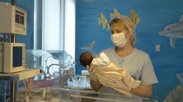 Sindromul hemolitic uremic. Nici după 8 luni nu s-a aflat cauza îmbolnăvirii a 4 bebeluşi din Vâlcea