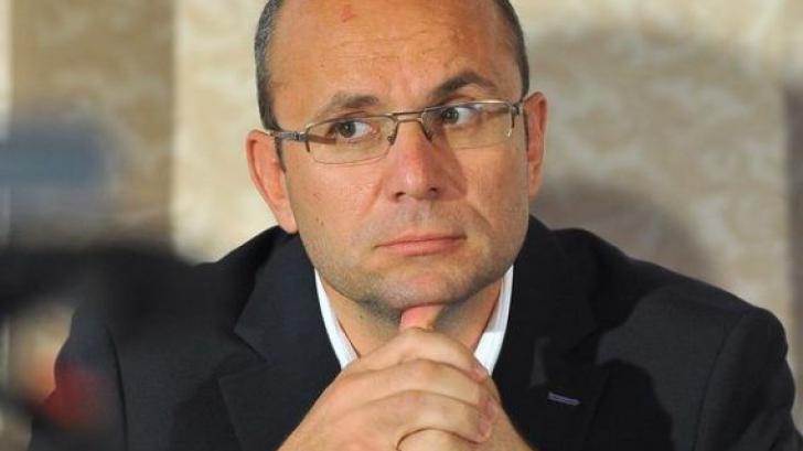 Cozmin Gușă: Există probabilitatea ca Dragnea să se autopropună pentru funcția de premier