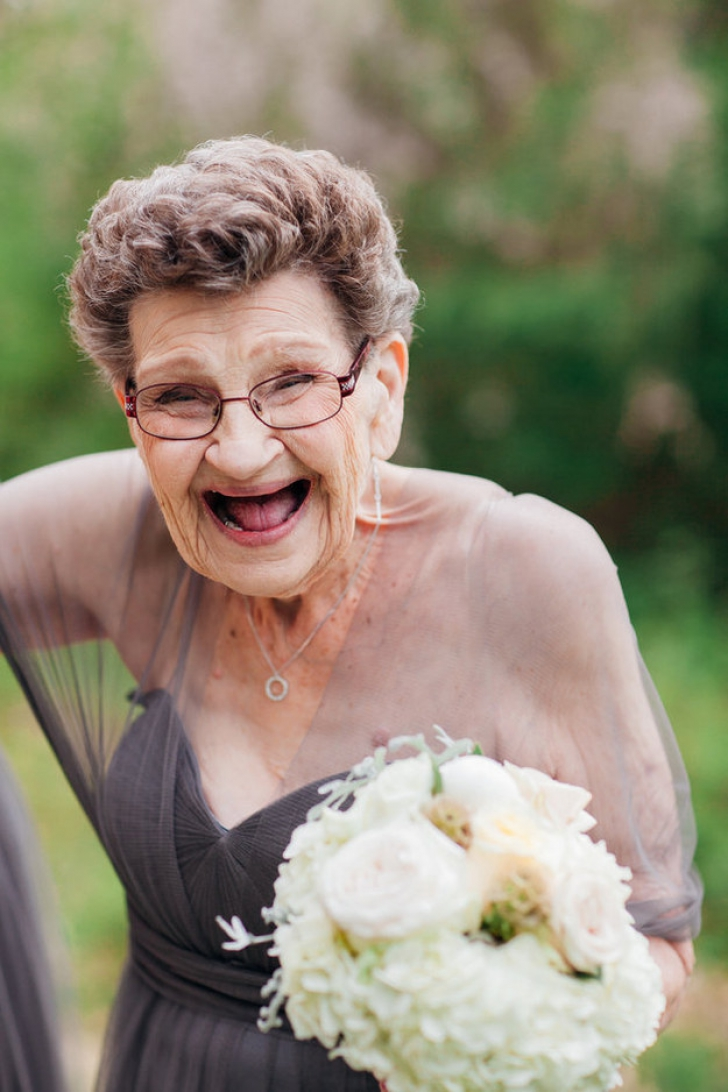 Cele mai bizare fotografii de nuntă. Toţi au rămas muţi când au văzut domnişoara de onoare