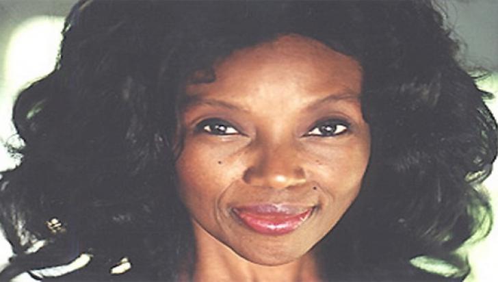 Femeia care a descoperit elixirul tinereţii! Are 73 de ani, dar arată de 30