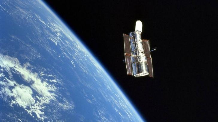 """Apariție bizară în spațiu! """"Fluturele cosmic"""", surprins de telescopul spațial Hubble"""