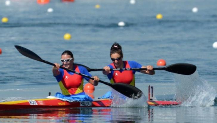 Cinci echipaje româneşti, calificate în semifinalele CM de kaiac-canoe