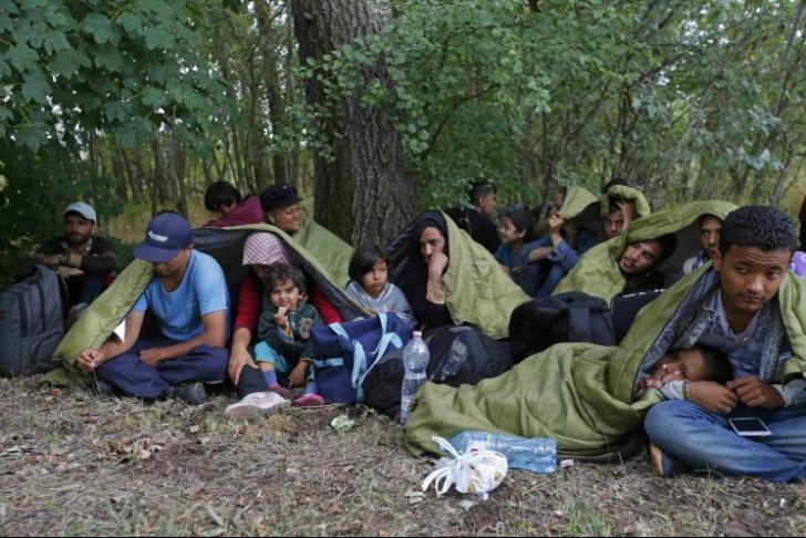 O țară vecină cu România, luată cu asalt de imigranți. Au fost 7.000 într-o singură noapte