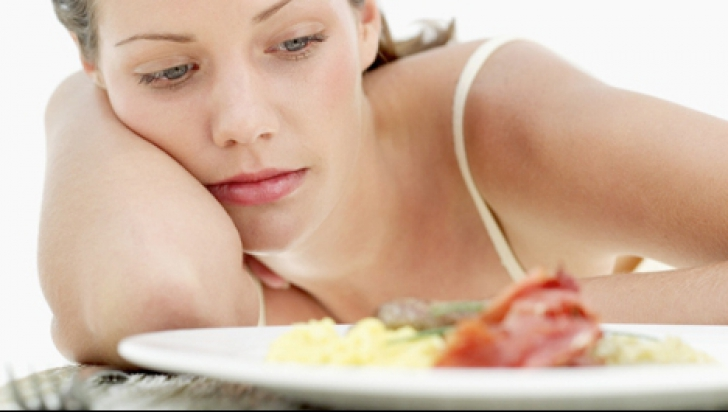 Efectele secundare ale consumului de carne în exces. Primele semne că trebuie să renunţi la proteine