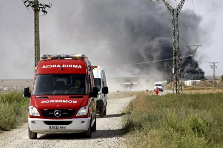 Imagini spectaculoase cu explozia de la o fabrică de artificii din Spania în care 5 oameni au murit