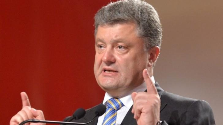 Poroșenko: Vizita lui Putin în Crimeea va spori tensiunea în regiune. E o sfidare