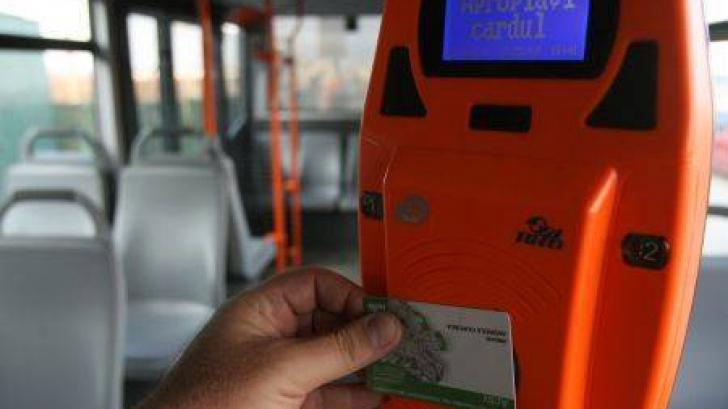 Dezvăluirile unui fost şef RATB. Călătorii nu sunt obligaţi de nicio lege să îşi valideze cardurile
