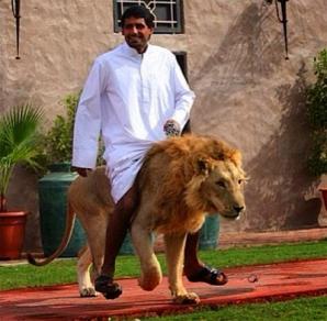 GALERIE FOTO. Cum trăiesc bogaţii din Dubai. Sunt oficial cei mai extravaganţi oameni din lume