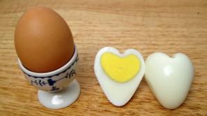 Ouă în formă de inimă