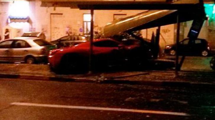 Accident urât, făcut de un fotbalist care s-a urcat băut la volan