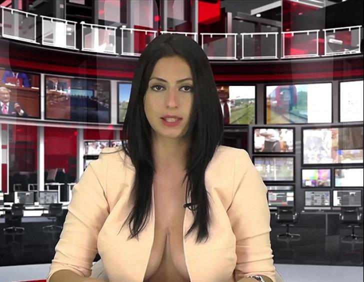 Motivul surprinzător pentru care a fost scoasă de pe post prezentatoarea care și-a arătat sânii