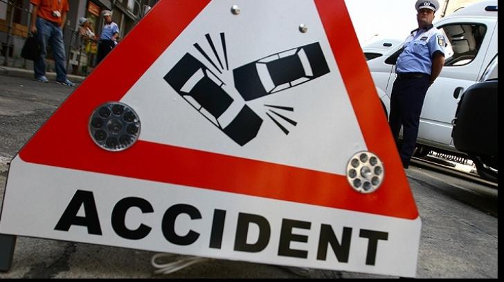 Accident grav în Buzău. Trei răniţi