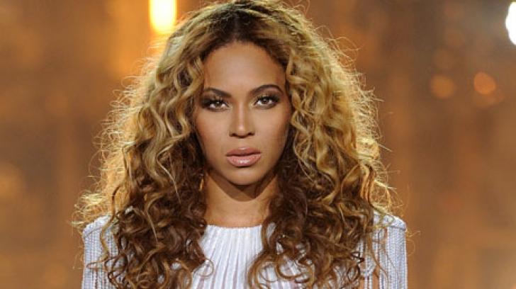 JLo și Beyonce se alătură listei donatorilor pentru victimele uraganului Harvey