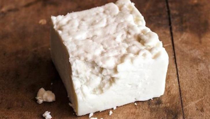 Brânza de Sibiu. Cum o deosebim de falsurile de pe piaţă