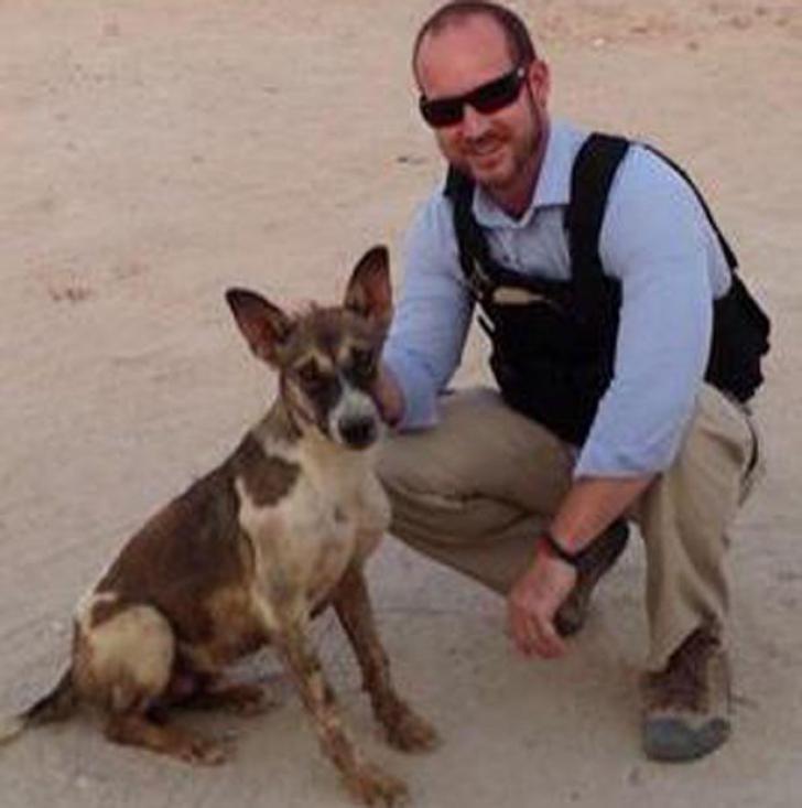 A luptat în Irak şi tot acolo şi-a găsit viitorul cavaler de onoare. Cine este Kev