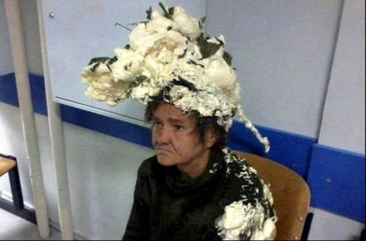 Ce pățești când încurci spuma de păr cu spuma de construcții? O femeie a încercat-o și...