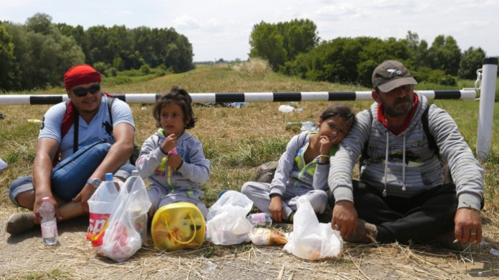 Criza imigranților. Serbia construiește mai multe centre temporare de primire a refugiaților