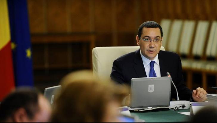 Victor Ponta, la deschiderea anului şcolar. Ce planuri are Guvernul pentru elevi