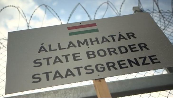 O NOUĂ RUTĂ. Opriți de gardul Ungariei, refugiații se îndreaptă spre Croația