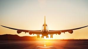 Incă un incident într-un avion. Un pasager violent ameninţă echipajul