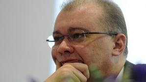 """Dan Mihalache, """"mâna dreaptă"""" a lui Iohannis, a adormit la vizita oficială în Serbia"""