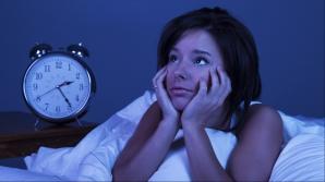 Te trezeşti frecvent noaptea la aceeaşi ora? Iată ce semnal de alarmă îţi transmite organismul