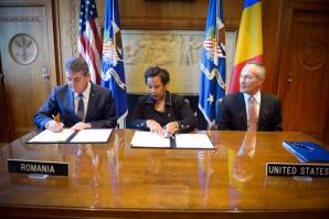 Vicepremierul Gabriel Oprea, la Washington. Întâlnire cu procurorul general al SUA