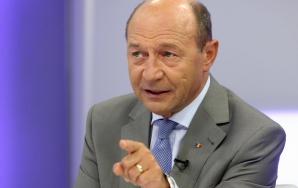 Băsescu: În loc de stat de drept, e o circotecă într-un vid de autoritate politică