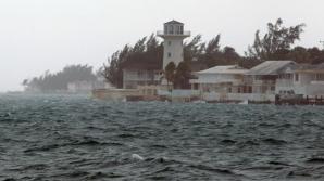 Uraganul Joaquin se intensifică. A ajuns să aibă 250 de kilometri pe oră