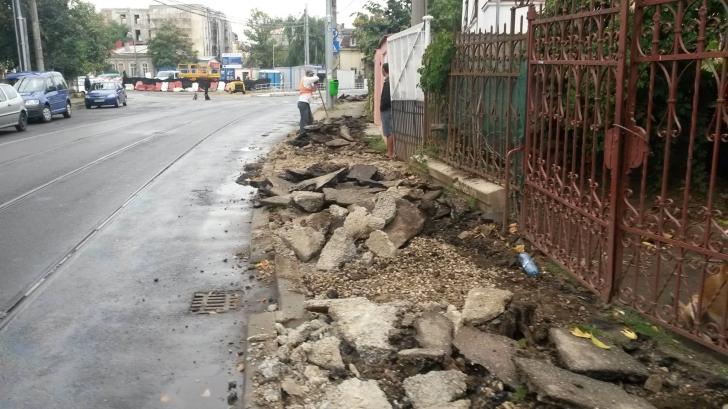 Spărgeau betonul din fața casei, când ceva groaznic s-a întâmplat. Toți muncitorii au rămas șocați