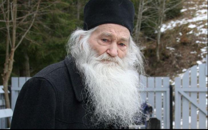 Profeția Părintelui Iustin despre viitorul lumii. Ultimul mesaj ...