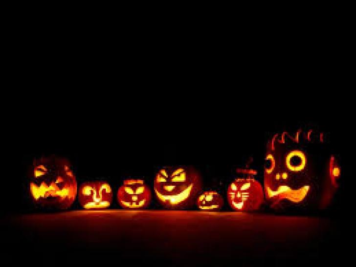 Halloween 2015. Povestea dovleacului şi alte ritualuri de 31 octombrie