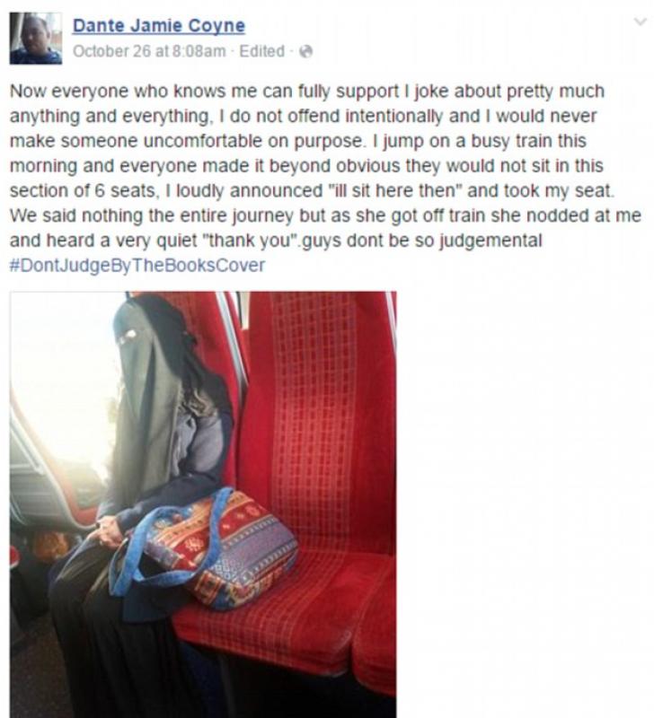 A urcat în tren şi a văzut o femeie musulmană cu faţa acoperită de văl. Reacţia lui e uimitoare