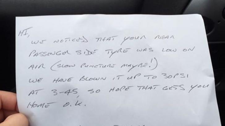A parcat şi s-a dus la Zoo. La întoarcere, a găsit pe parbriz un bilet cu un mesaj ULUITOR!